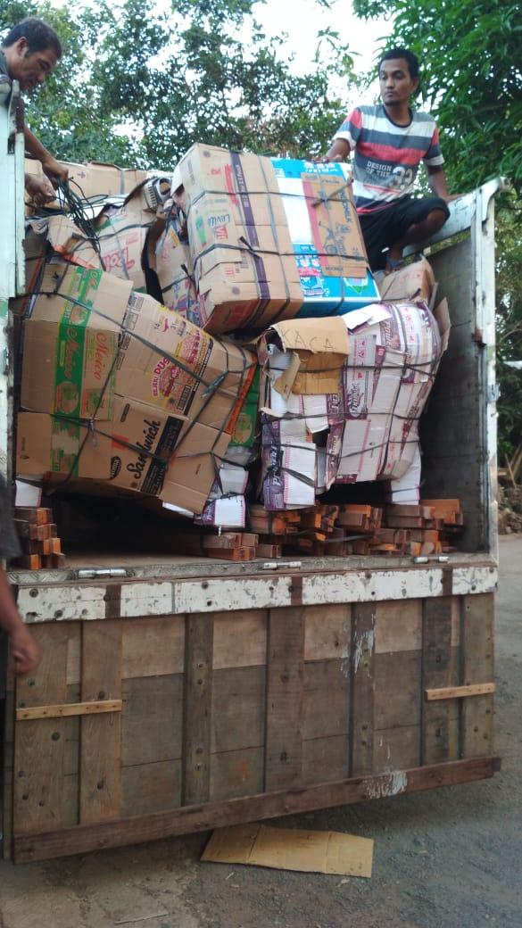 pengiriman barang furniture
